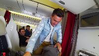 Alexander Kondrashov Все видео Что будет если кинуть курицу в амазонку пираньи анаконда перу трансформатор