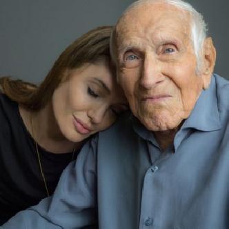 Смотреть Анджелина Джоли режисcирует «Несломленный»