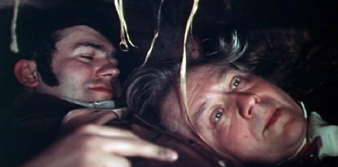 Смотреть Чужая жена и муж под кроватью