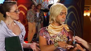 Даёшь молодёжь! Метросексуалы Данила и Герман Арбузы с моделью