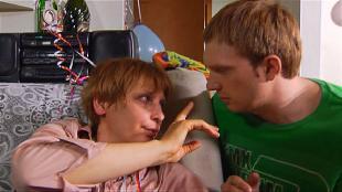 Даёшь молодёжь! Молодая семья Валера и Таня Полный отъезд