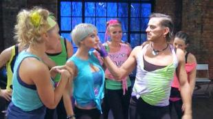 Даёшь молодёжь! Школа танцев Алекса Моралеса Мюзикл «Собаки»