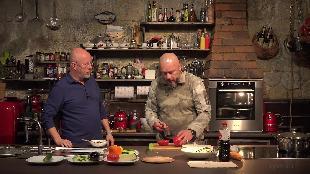 Каба4ок Сезон-1 Андрей Кочергин готовит вкусный салат и питательный суп