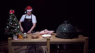 Каба4ок Сезон-1 Big Green Egg׃ новогодняя свинья Железная маска