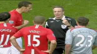 Обзор лучших матчей английской Премьер-лиги (на английском языке) Сезон-1 Classic Matches Man UTD VS Liverpool