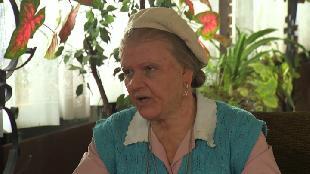 Одна за всех Бабушка Серафима Иностранец