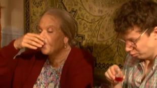 Одна за всех Бабушка Серафима Оборотень без погон