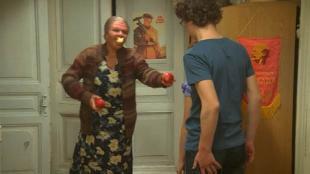 Одна за всех Бабушка Серафима Помощь с яблоками