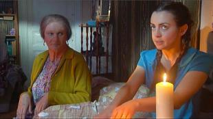 Одна за всех Бабушка Серафима Спиритический сеанс