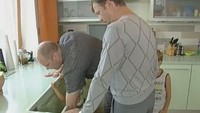Одни дома 1 сезон Алексей Кортнев