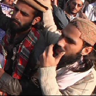 Смотреть Пакистан: теракт в пешаварской школе объединил страну