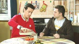 Универ Сезон 4 серия 97: Самогонщики